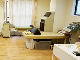 大阪ミナミ 大阪市浪速区の木村整形外科 リハビリテーション室